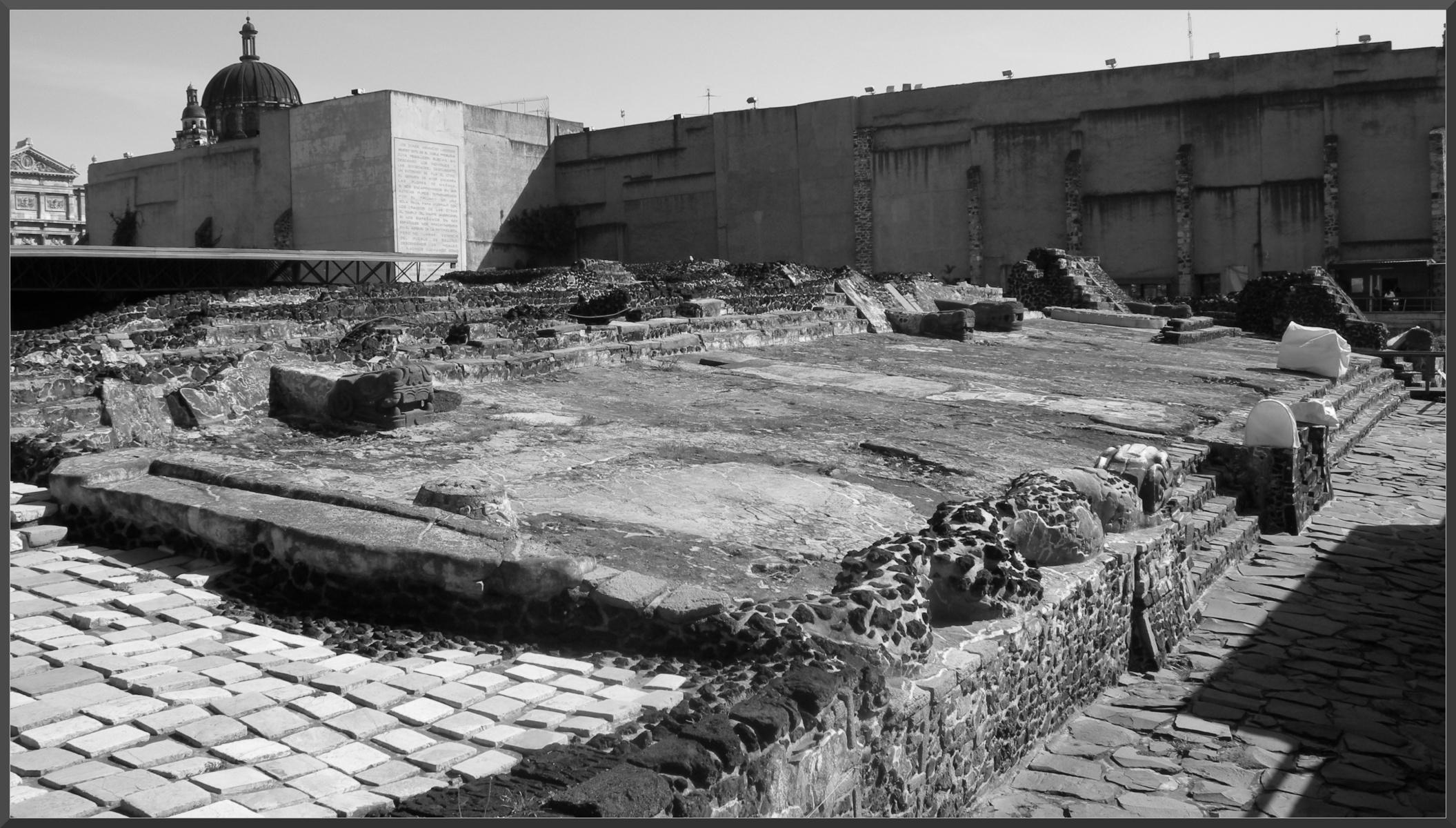 Ruins-of-the-Templo-Mayor-2007
